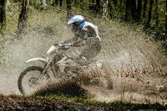 Гонщик мотоцикла Enduro Стоковое Изображение RF