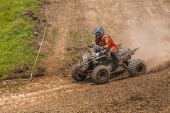 Гонщик ATV принимает поворот Стоковая Фотография RF