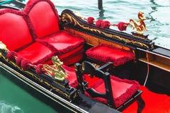 Гондола Венеции Детали гондолы на предпосылке воды Венеция Италия Стоковое Изображение RF
