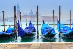 Гондола на канале, Венеции - Италии Стоковые Фотографии RF