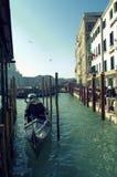 Гондолы в канале Венеции грандиозном Стоковое Фото