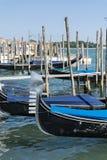 гондолы в море Венеции, Италии Стоковые Фото