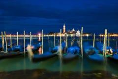 Гондолы на грандиозном канале, Венеции, Италии Стоковые Фотографии RF