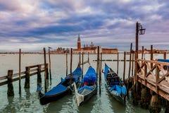 Гондолы на грандиозном канале в Венеции, Италии. Стоковое фото RF
