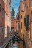 Гондолы на грандиозном канале в Венеции, Италии Стоковое фото RF