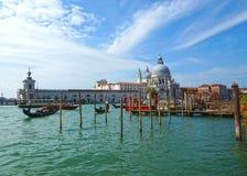 Гондолы на грандиозном канале в Венеции Стоковые Фото