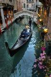 Гондолы на канале в Венеции, Стоковые Изображения