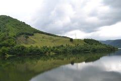 Гора в зеркале Стоковая Фотография