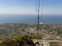 Гора, город и море Стоковые Изображения RF