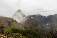Гора и долина Huayna Picchu Стоковые Изображения RF
