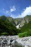 Гора и снежная долина Стоковые Изображения RF