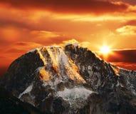 Гора кордильер на заходе солнца Стоковые Изображения RF