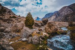 Гора красивая, гора Таджикистана Fann, озера Kulikalon стоковые фотографии rf