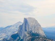 Гора купола национального парка Yosemite половинная холодная стоковые фото