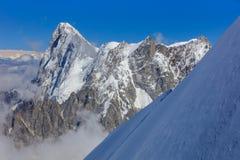 Гора Монблана, взгляд от Aiguille du Midi Франция Стоковые Изображения RF