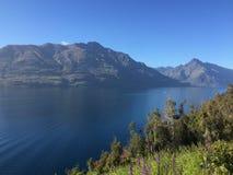 Гора озера рек Стоковая Фотография