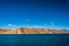 Гора озера Pangong красивая, Leh Ladakh, Индия Стоковое Изображение