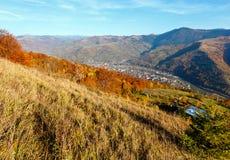 Гора осени прикарпатская, Rakhiv, Украина Стоковые Изображения