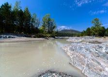 Гора реки ландшафта Стоковая Фотография RF