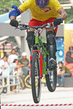 гора скачки bike Стоковое Изображение