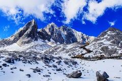 Гора снежка Yulong Стоковая Фотография RF