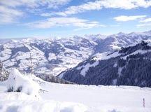 гора снежная стоковые изображения rf