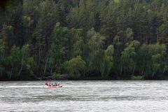 гора сплавляя реку Стоковое Изображение