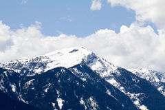 Гора с снегом на озере Wenatchee, Вашингтоне, США Стоковые Изображения