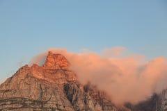 Гора таблицы на заходе солнца Стоковые Изображения RF