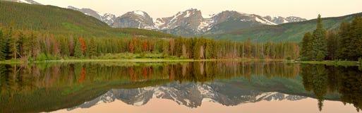 гора утра утесистая Стоковое фото RF