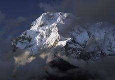 Гора Annapurna, Гималаи стоковое изображение rf