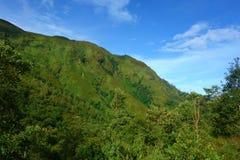 Гора Bach Moc Luong Tu, расположенная в летучей мыши Xat, Lao Cai, Вьетнам Море облака тема перемещая venice гондолы канала стоковая фотография rf