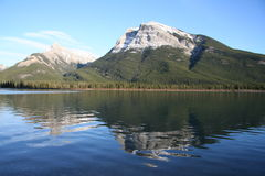 гора banff величественная ближайше Стоковое Фото