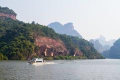 Гора Danxia на море стоковое фото rf