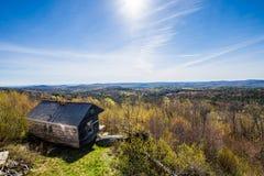 Гора Hogback сценарная обозревает в зеленом парке штата горы внутри стоковое фото rf