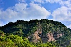 Гора landform Danxia в Taining, Фуцзяне, Китае Стоковое фото RF