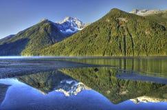 Гора Relection стоковая фотография rf