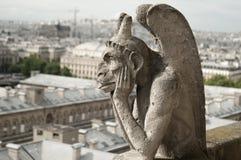 Горгулья на соборе Нотр-Дам, Париже Стоковое Фото