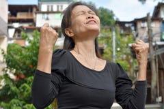 Гордая бабушка филиппинки стоковые фотографии rf