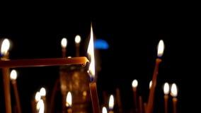 Гореть свечу в виске акции видеоматериалы