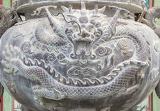 Горелка ладана в китайском виске стоковое фото rf