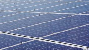 Горизонтальные модули панели солнечных батарей для продукции альтернативной энергии Станция солнечной энергии сток-видео