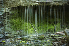 Горизонтальный взгляд rivulets на Wadsworth понижается, Middlefield, жулик Стоковые Фото
