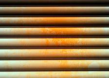 Горизонтальный металл заржавел предпосылка стены текстуры Стоковая Фотография