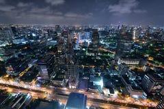Горизонт Бангкока на ноче Стоковое Изображение RF