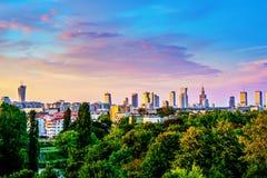 Горизонт Варшавы от различного взгляда стоковая фотография