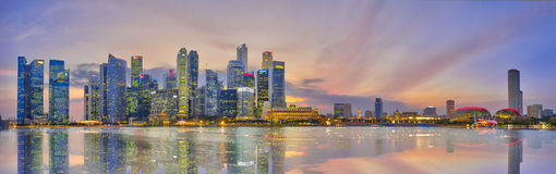 Горизонт вечера района Сингапура финансового Стоковая Фотография RF