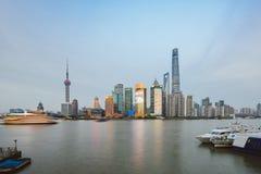 Горизонт в вечере, Азия Шанхая стоковые изображения rf