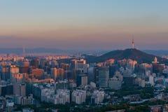 Горизонт города Сеула стоковое изображение rf