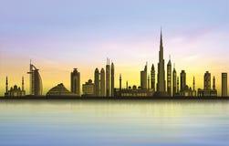 Горизонт города Дубай на заходе солнца иллюстрация вектора